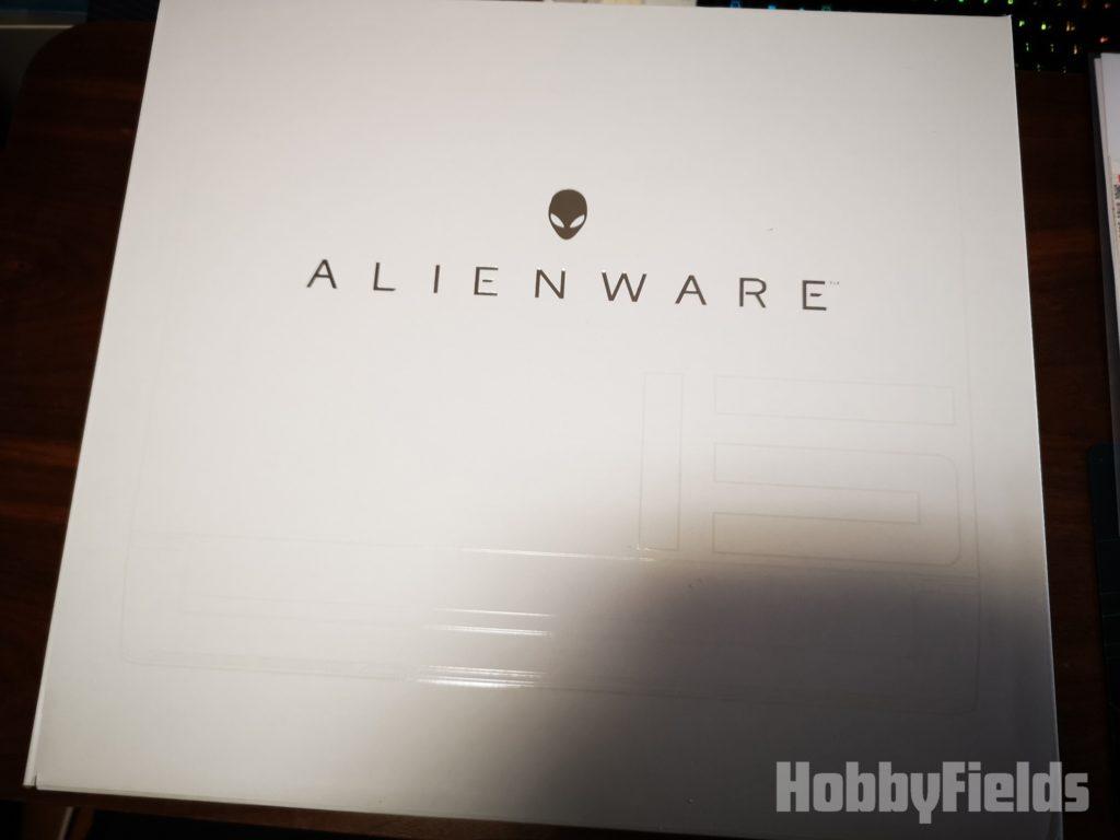 Alienware m15 外箱